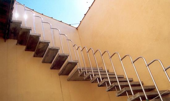Compro Escadas semicaracol
