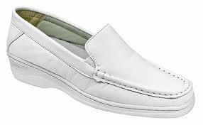 Compro Sapatos feminino em pele