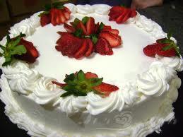 Compro Torta Morango com Chantilly