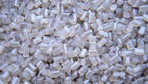 Compro Polietileno Tereflalato (PET) - em Cores Granulado e Flakes, garrafas e laminados (vacum form)