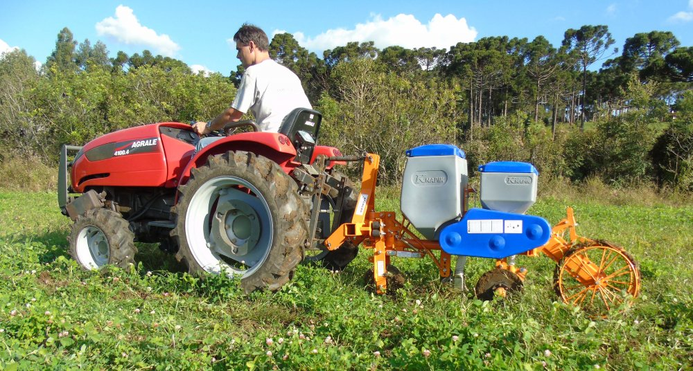 Compro Plantadeira Para Trator Agrale 4100