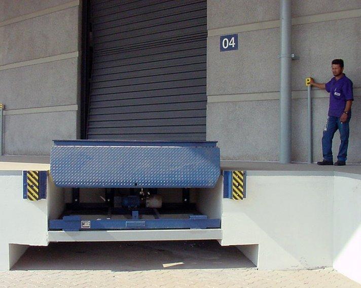 Compro Plataforma Niveladora de Doca Eletro-Hidráulica | 6000kg, 9000kg e 12000kg