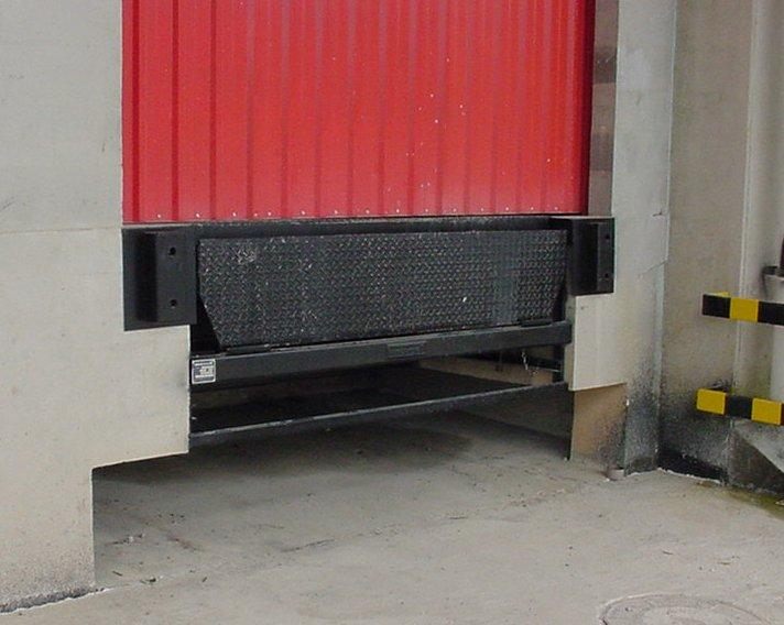 Compro Niveladora de Doca Embutir Manual Mecânica | Capacidade de carga: 6000kg