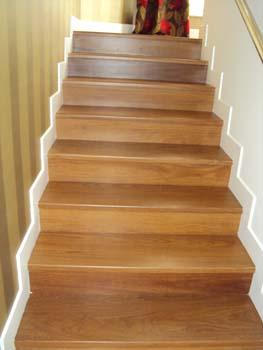 Compro Escadas de madeiras decorativos