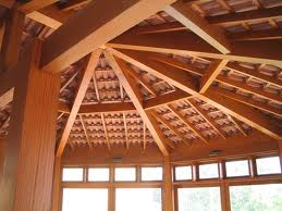 Compro Estruturas em madeira