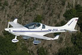 Compro Avião Dynamic WT-9