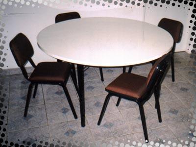 Compro Mesa Redonda com Cadeiras Estofadas