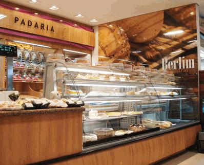 Compro Vitrine expositora modelo Show - instalações comerciais para padarias, confeitarias, supermercados e conveniências.