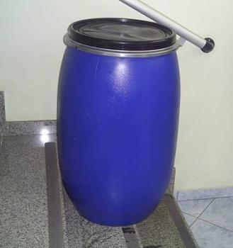 Compro Bombona 120Lts TR reutilizada azul