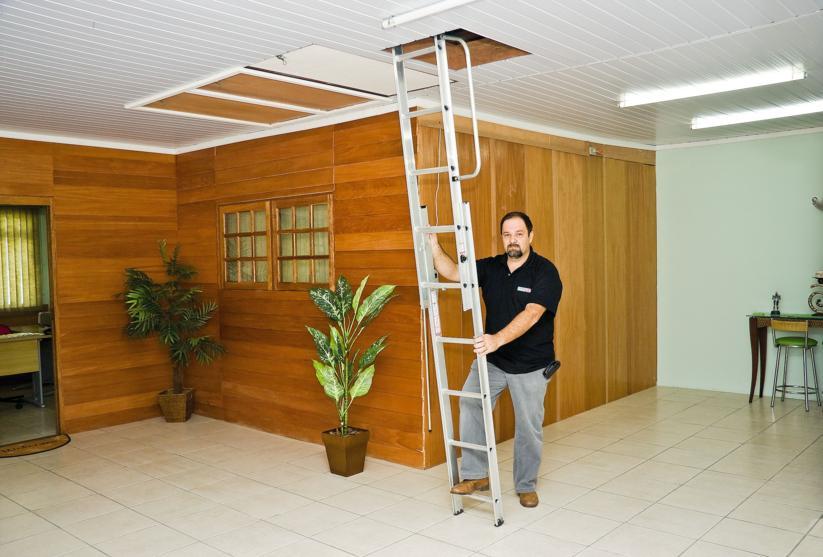 Compro Escada para sótão de alumínio