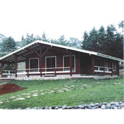 Compro Casa em madeira 3 quartos