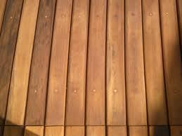 Compro Deck em madeira