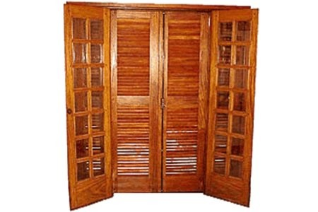 Compro Porta veneziana/vidrinho abrir