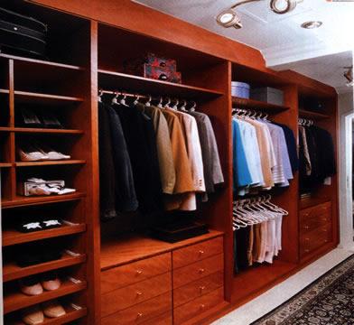 Compro Closets