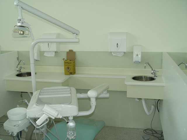 Compro Moveis clinicos