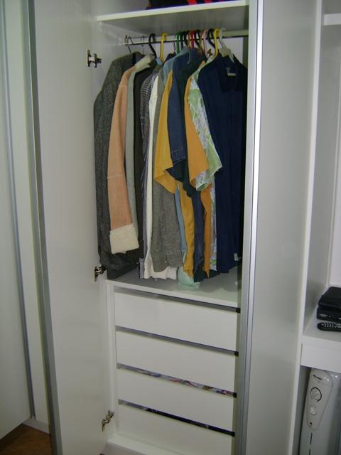 Compro Guarda-roupa