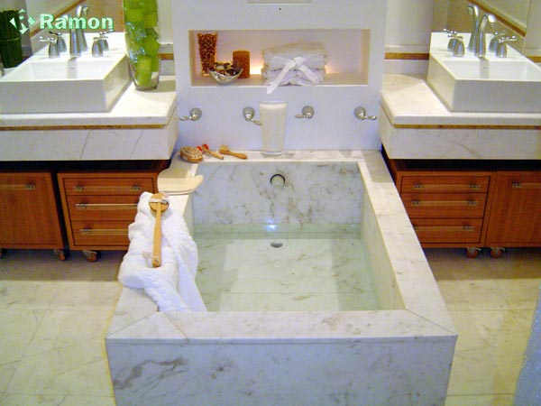 Compro Suite do Casal em mármore branco
