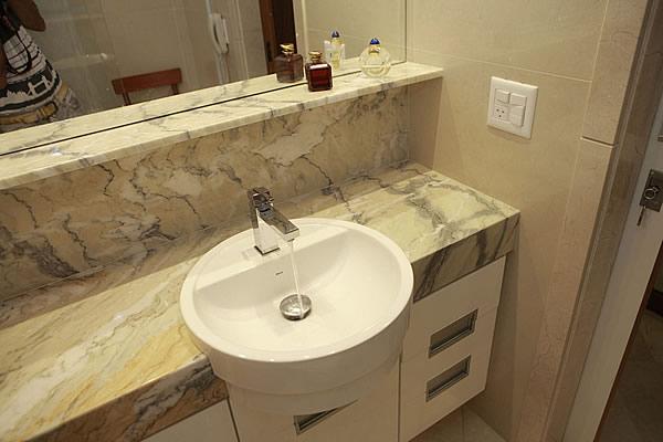 Compro Banheiro em marmore