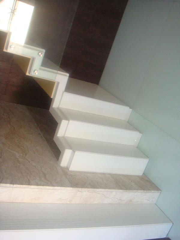 Compro Escadas em granito