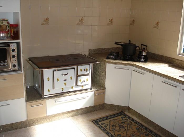 Cozinhas em granito — Comprar Cozinhas em granito, Custo , Fotos Cozinhas em  # Bancada De Cozinha Com Granito Ouro Brasil