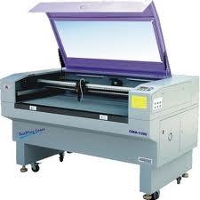 Máquinas para corte e conformação de materiais não