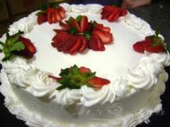 Torta Morango com Chantilly