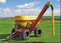 TAGA - Transportador Agricola de Grãos e Adubo
