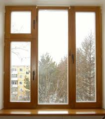 Caixilho de janela de madeira
