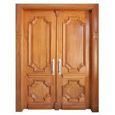 Porta de madeira frisada