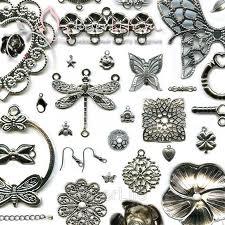 Materiais para montagem de bijuterias