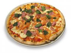 Pizza semipronta, pastéizinhos semiprontos, pães