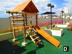 Playground de Tronco Casa do Tarzan