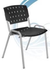 Cadeira empilhavel estrutura cinza
