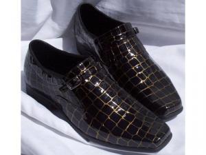 Sapato em Couro Legítimo Verniz Croco Ouro -