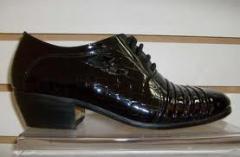 Sapatos masculino feitos a mao