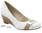 Sapatos femenino feitos a mao