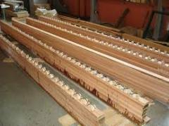 Vigas de madeira de apoio