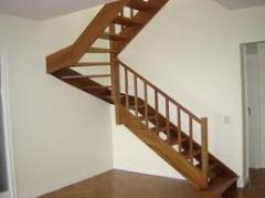 Escadas de madeira