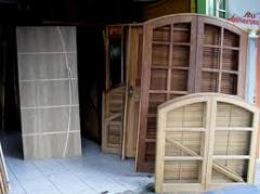 Janelas e materiais para janelas em madeira