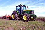 Trator John Deere 6615