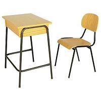 Cadeira e mesa escolar em embuia