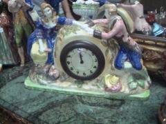 Relógio em faiança