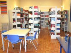 Móveis para escolas e bibliotecas
