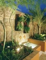 Flores para jardins exteriores e interiores