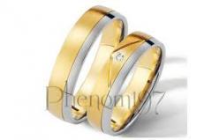 Alianças de casamento de ouro com diamantes