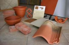Produtos feitos de cerâmica vermelha