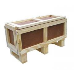Caixa em madeira e duratex paletizado