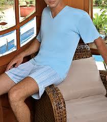 Roupa masculina de alto padrão em cores e tamanhos