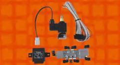 Electromagnetic blocks for passenger car door locks