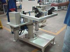 Bancadas e dispositivos de montagem